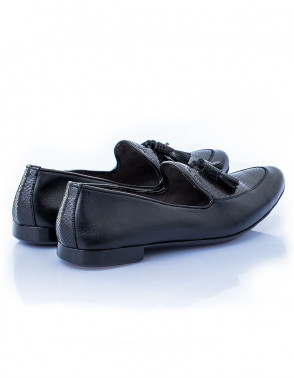 Bi-material Leather Royal Slip On Shoe With Tassels - Black