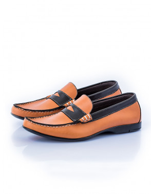 Two Tones Leather Loafers