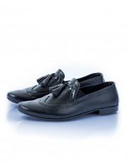 Leather Slip-on With Tassels - Black